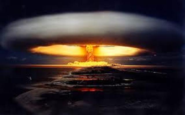 ATOMIC BOMB - Groves and Oppenheimer - Part 3