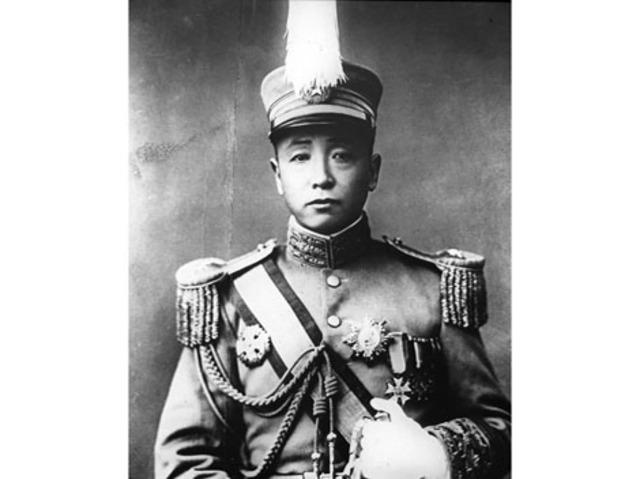 Manchurian warlord Zhang Zuolin assassinated