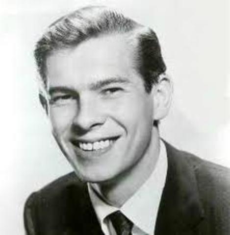 Popular singer, Johnnie Ray