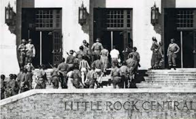 Little Rock Nine taken to school by USA Army