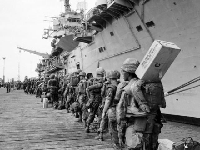25,000 American troops withdraw