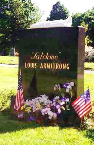 Louis Armsrtong dies