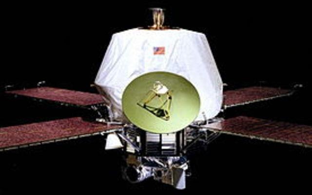 """1971 m. kosminė stotis """"Mariner 9"""" tapo pirmuoju dirbtiniu Marso palydovu."""