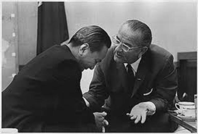 Kissinger Secret Negotiation