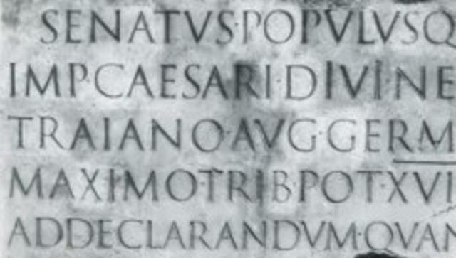 El alfabeto romano se impone en Europa, difundido a través del cristianismo