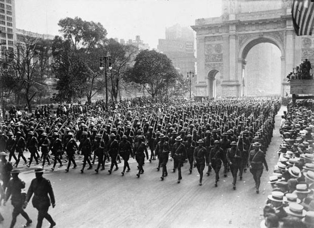 First units of the American Expeditionary Force lands in France