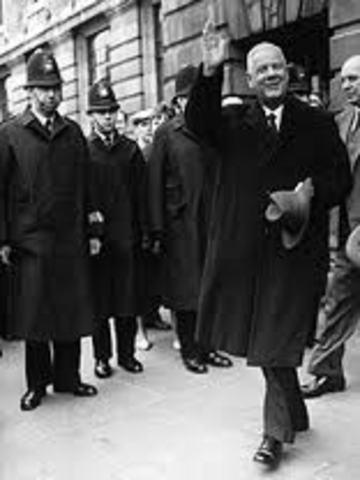 Prime Minister Hendrik Verwoerd assassinated