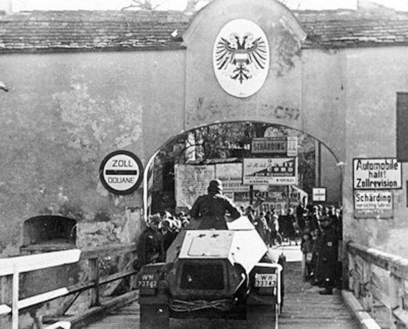 Nazis enters Austria
