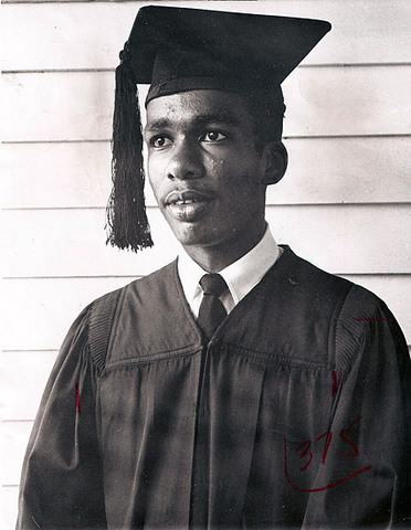 Ernest Green becomes the first African American to graduate from Central High School