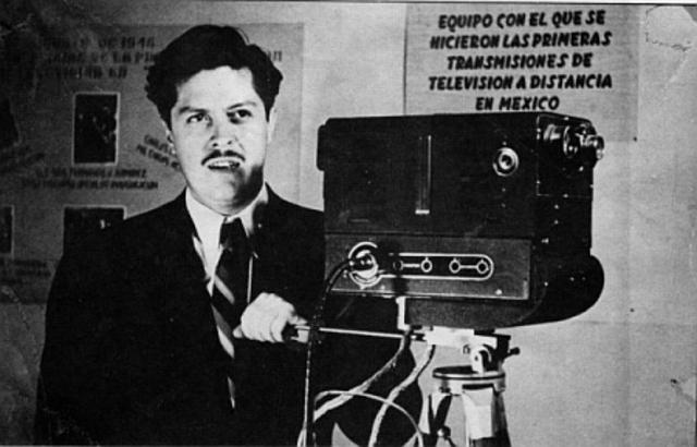 Se inagura el primer canal de television en México y America Latina.