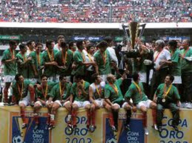: México Campeón de la Copa de Oro 2003 ante Brasil.
