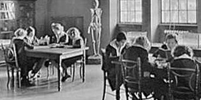 Evolution shunned in U.S. schools