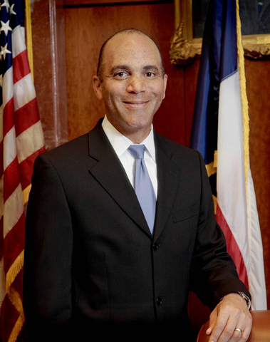 Wallace Jefferson becomes Chief Justice