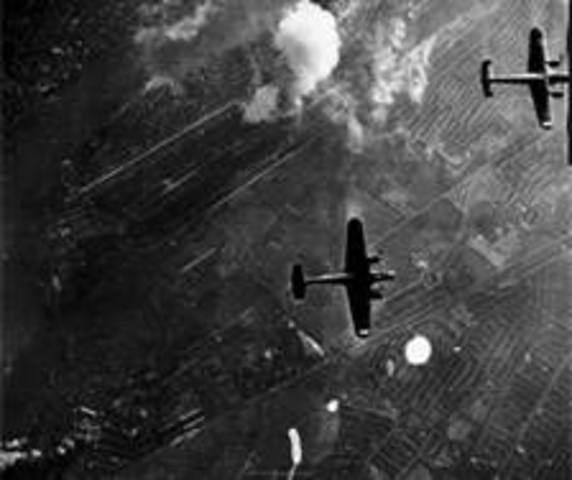 Luftwaffe bombs London