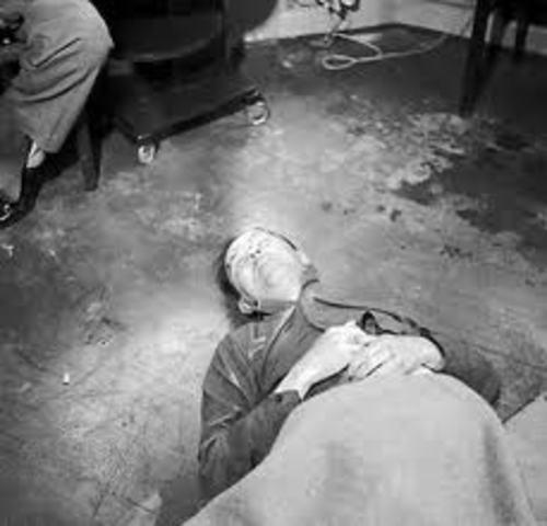 Adolf Hitler suicide