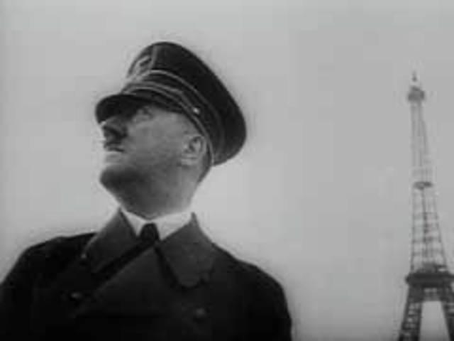 Hitler tours Paris