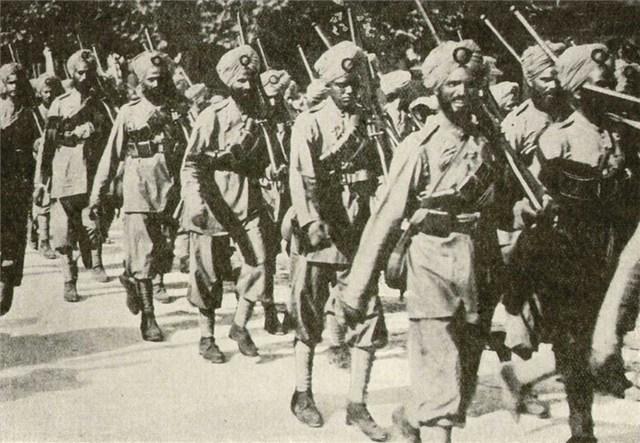 Indian Troops Return Home