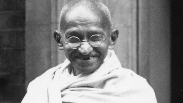 Gandhi became a leader of Hindu Indian National Congress