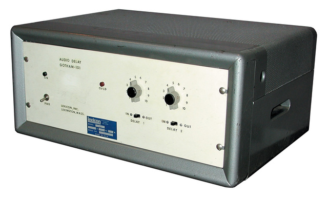 The first digital delay line