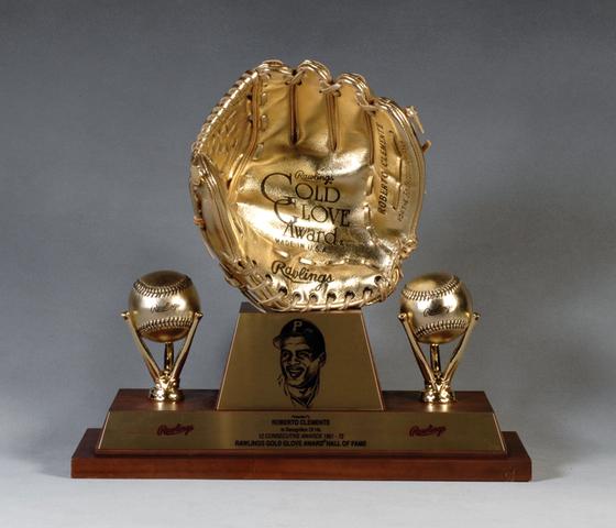 Gold Glove 1/12