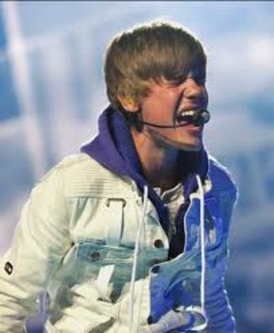 Justin first concert