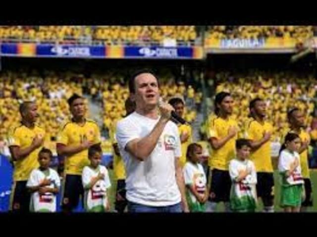 se le olvido el himno nacional