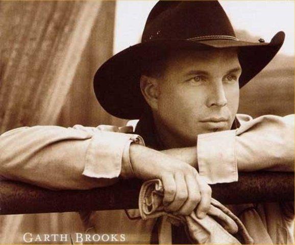 Garth Brooks makes his mark