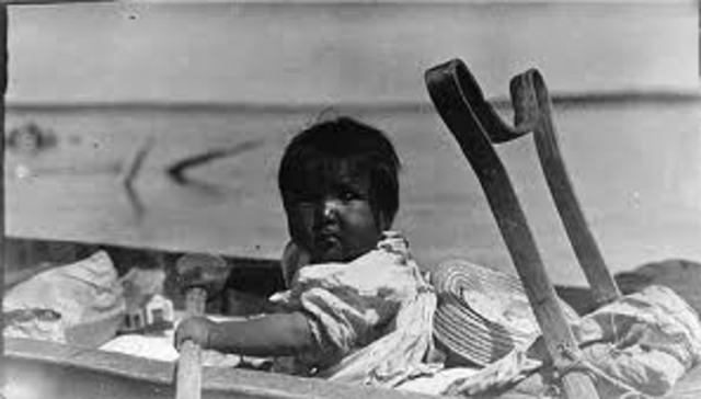 Born in Saint Louis, Missouri on a canoe during Hurricane Sam.