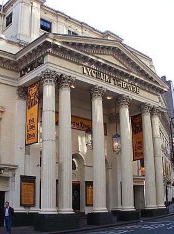 Lyceum Theater van Yasmin