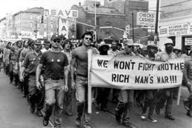 Last two Americans die in Vietnam war