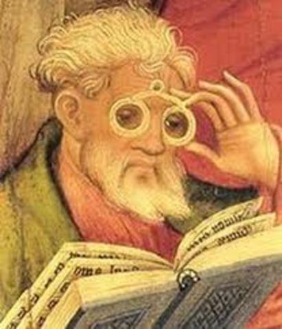 First eye glasses were invented