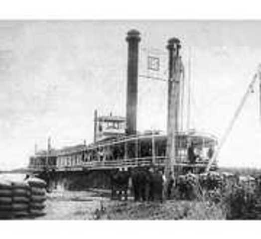 Nearly 1,000 Steamboats Travel the Mississippi River