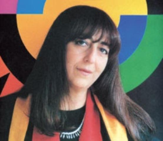 Marta Granados trabaja como diseñadora gráfica para Colcultura. Años atrás había trabajado para el Museo de Arte Moderno.