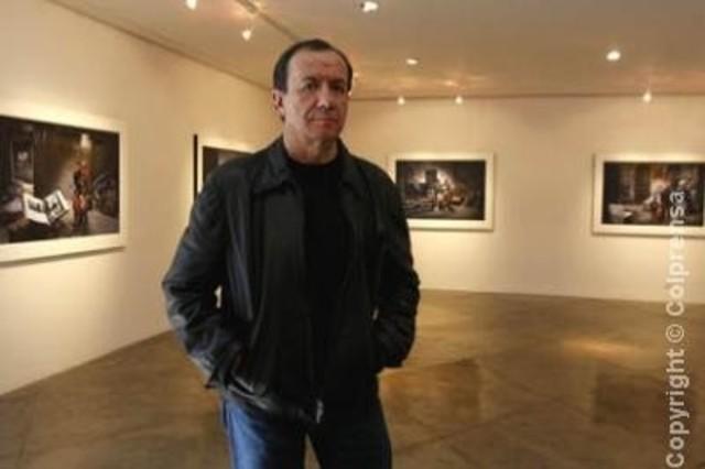 Gráfica OP 88: Carlos Duque se muestra.