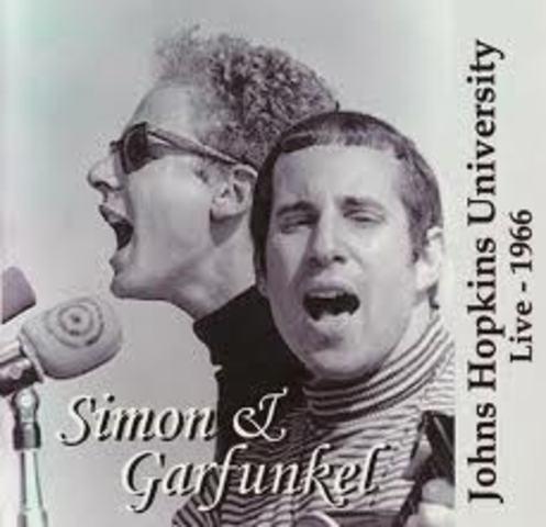 Otros cantantes anglosajones:Simon and Garfunkel