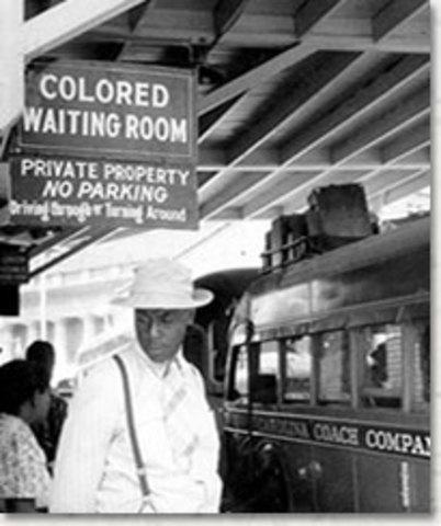 Blacks & Whites traincar separation
