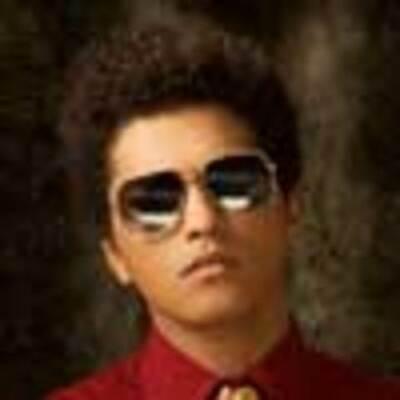 BiOgrafía de Bruno Mars timeline