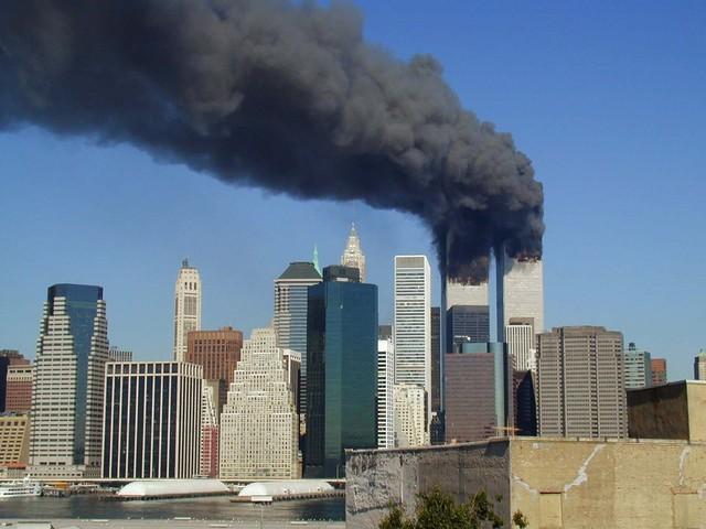 Planes crash into Twin Towers