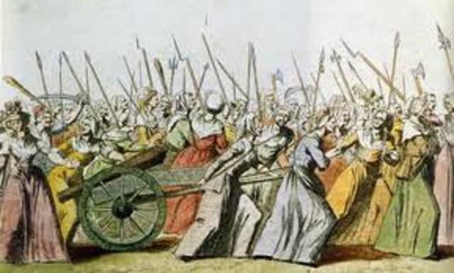 Women of Paris storm Versailles