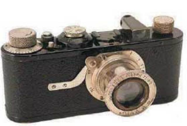 La primera camara de 35mm