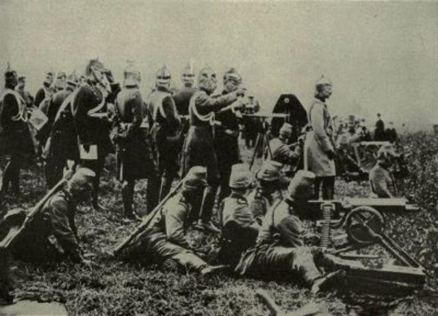 Tsar Nicholas II takes personal control over Russia's army