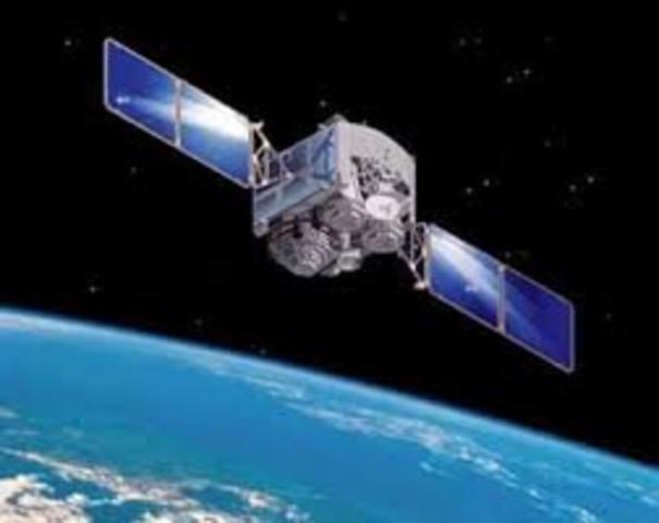US Navy destroys satellite