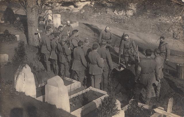 Turks bury the dead