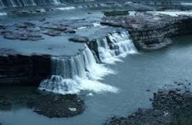 Falls of the Missouri