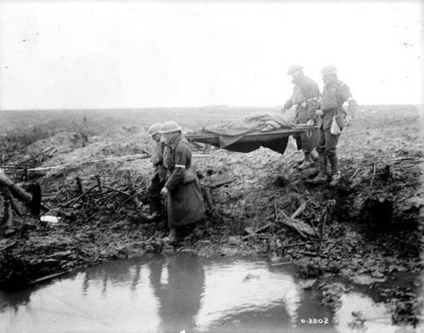 British/Australian Infantry begins Attack