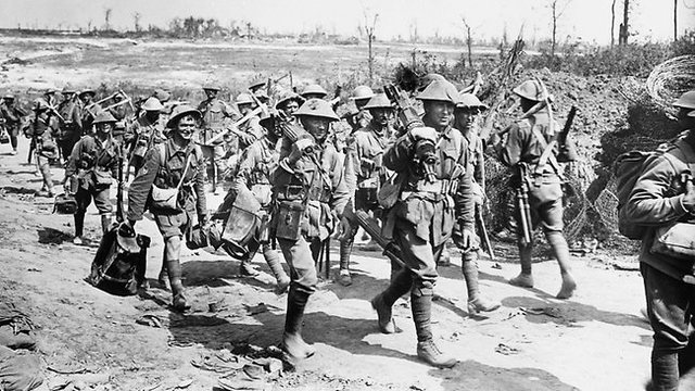 14:00 The Auckland battalion reach baby 700 and back up the depleted ANZACs