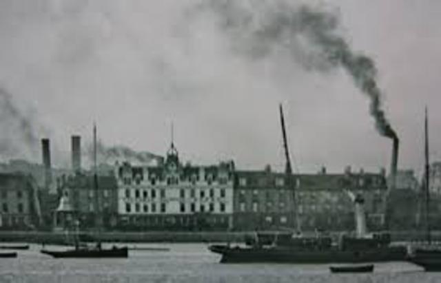 The First steam powered Cotton Mills