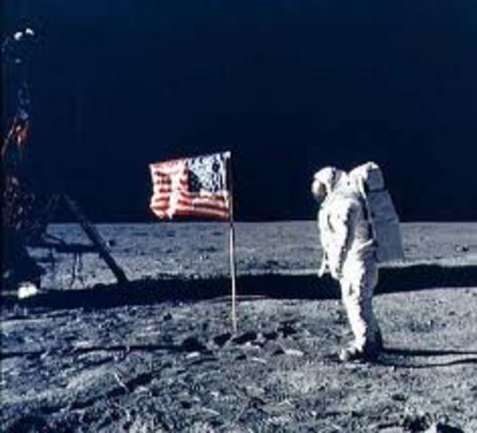 U.S. Walks on the Moon