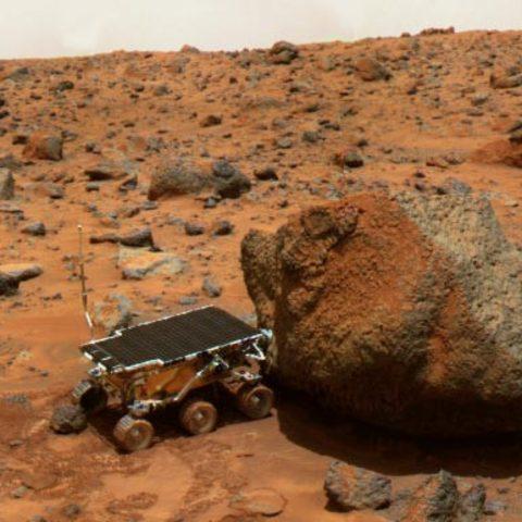 U.S. Probe Lands on Mars