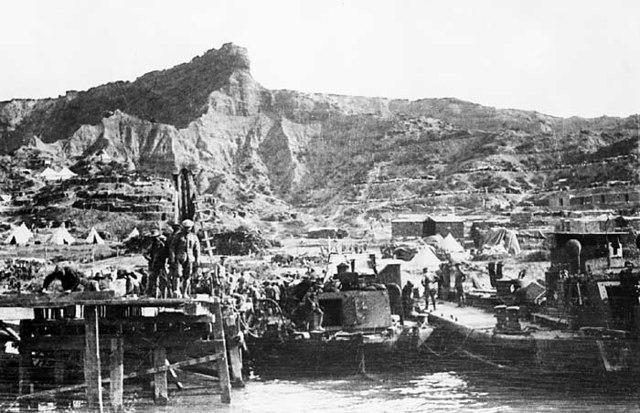 Australians Evacuate from Gallipoli